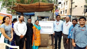 Donation-of-tea-stall-to-Handicapped-lady